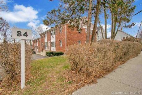 Foreclosure: Condo Home Sold in Stamford CT 06902.  house near waterfront.