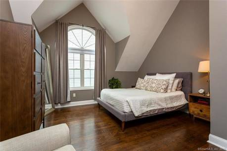 Condo Home Sold in Stamford CT 06901.  townhouse near waterfront.