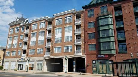 Condo Home Sold in Stamford CT 06902.  townhouse near beach side waterfront with 2 car garage.