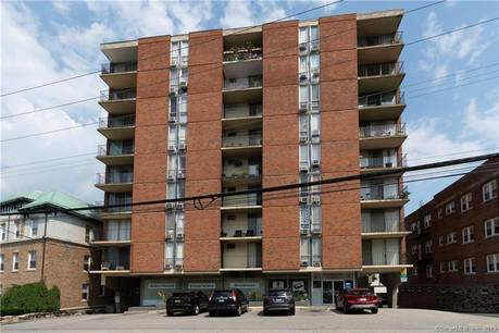 Condo Home Sold in Stamford CT 06902.  house near waterfront.