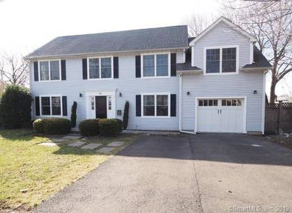 Single Family Home Sold in Stamford CT 06906. Old colonial house near beach side waterfront with 1 car garage.