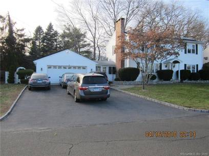 Single Family Home For Sale in Danbury CT 06811. Colonial house near lake side waterfront with 2 car garage.