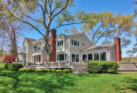 Luxury Single Family Home Sold in Westport CT 06880. Contemporary house near beach side waterfront with swimming pool and 2 car garage.