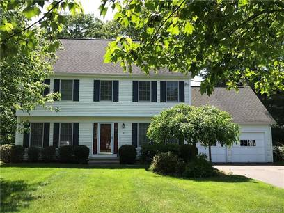 Condo Home Sold in Norwalk CT 06854.  house near beach side waterfront with 2 car garage.