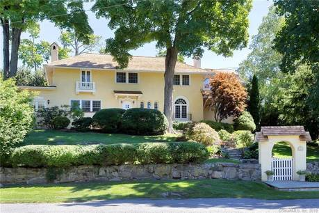 Single Family Home Sold in Greenwich CT 06831. Old mediterranean house near waterfront with swimming pool and 1 car garage.