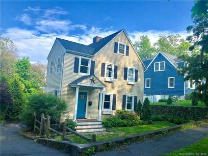 Single Family Home Sold in Stamford CT 06907. Old colonial house near beach side waterfront.
