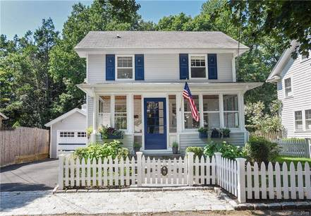 Single Family Home Sold in Darien CT 06820. Old colonial house near waterfront with 1 car garage.