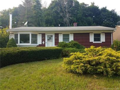 Single Family Home For Rent in Bethel CT 06801. Ranch house near waterfront.