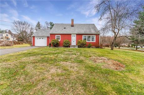 Single Family Home For Sale in Newtown CT 06470.  cape cod house near waterfront with 1 car garage.