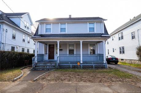 Single Family Home For Sale in Bridgeport CT 06610. Old colonial house near waterfront.