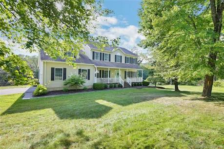 Single Family Home Sold in Danbury CT 06811. Colonial house near waterfront with swimming pool and 2 car garage.