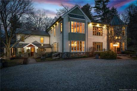 Single Family Home Sold in Bethel CT 06801. Old antique house near river side waterfront with swimming pool.