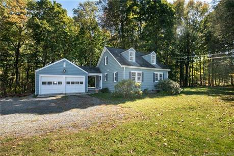 Single Family Home For Rent in New Canaan CT 06840.  cape cod house near waterfront with 2 car garage.