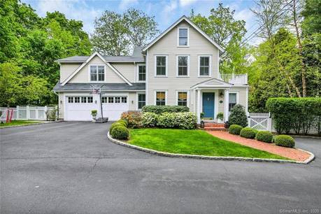 Single Family Home Sold in New Canaan CT 06840. Old  farm house near waterfront with 2 car garage.