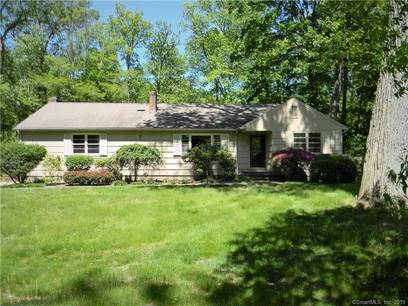 Single Family Home Sold in Stamford CT 06907. Ranch house near waterfront with 1 car garage.