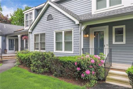 Condo Home For Sale in Norwalk CT 06851.  townhouse near beach side waterfront with swimming pool and 1 car garage.