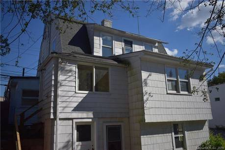 Single Family Home For Rent in Stamford CT 06907. Old colonial house near beach side waterfront.