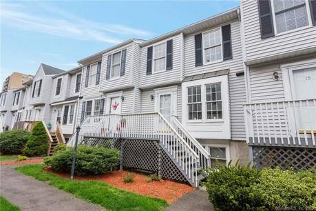Condo Home Sold in Stamford CT 06902.  townhouse near beach side waterfront with 1 car garage.