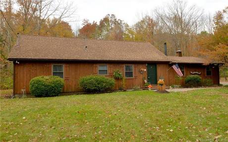 Single Family Home Sold in Ridgefield CT 06877. Contemporary house near river side waterfront with 2 car garage.