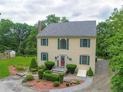 Single Family Home Sold in Shelton CT 06484. Colonial house near river side waterfront.