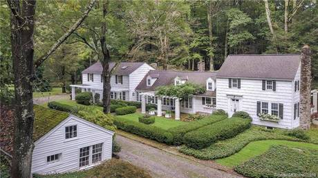 Single Family Home Sold in Danbury CT 06810. Antique house near waterfront with 1 car garage.