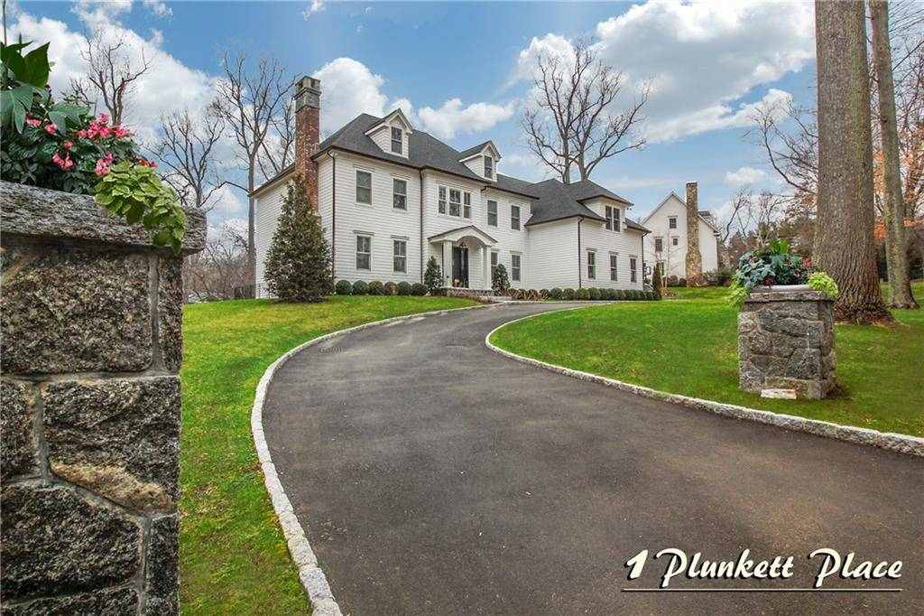 Luxury Single Family Home Sold in Westport CT 06880. Colonial house near beach side waterfront with 3 car garage.