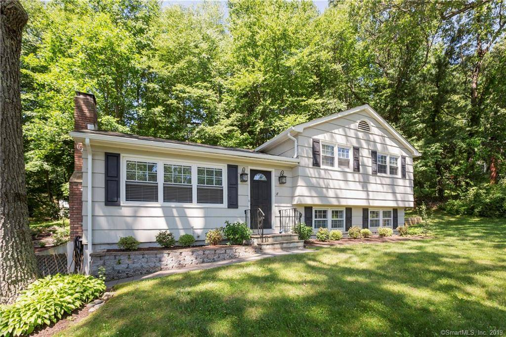 Single Family Home Sold in Danbury CT 06804.  house near beach side waterfront with 1 car garage.