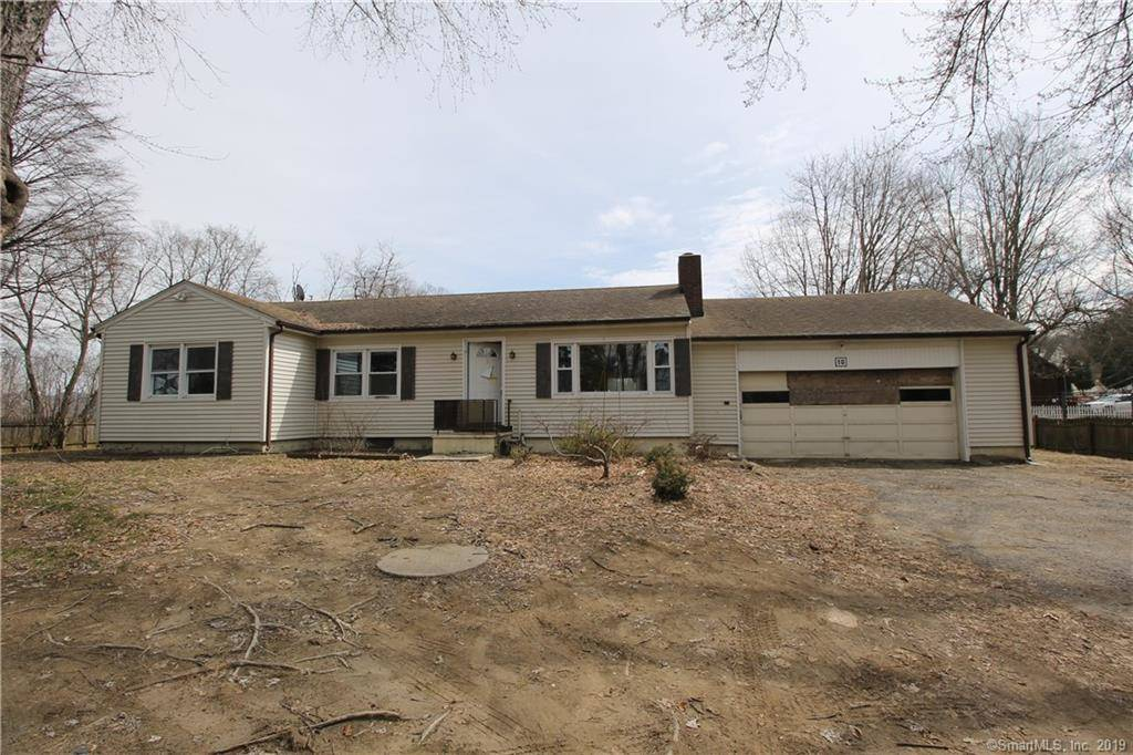 Foreclosure: Single Family Home Sold in Danbury CT 06810. Ranch house near waterfront.