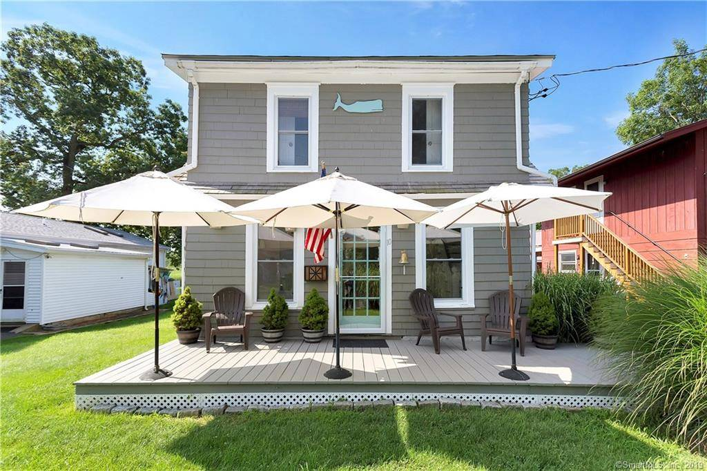 Single Family Home Sold in Norwalk CT 06854. Old colonial house near beach side waterfront.