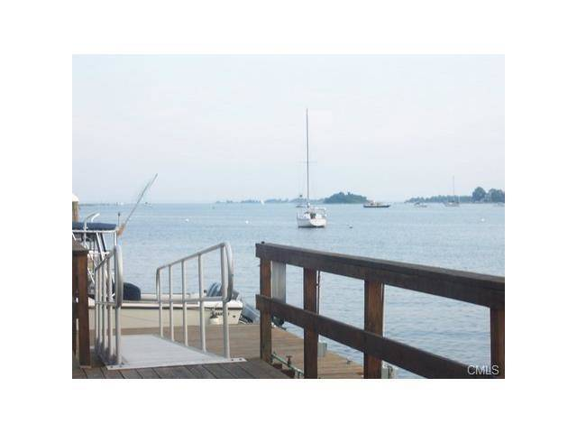Condo Home Sold in Norwalk CT 06855. Contemporary, ranch house near beach side waterfront with swimming pool and 1 car garage.
