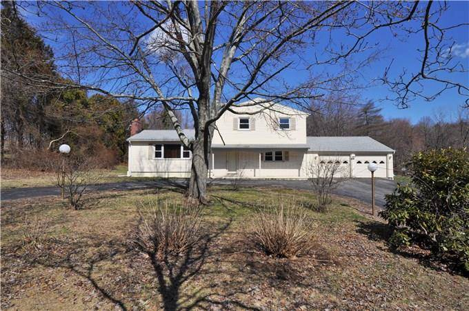 Single Family Home Sold in Shelton CT 06484.  house near waterfront with swimming pool and 2 car garage.