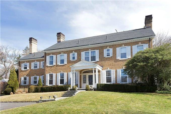Luxury Single Family Home Sold in Greenwich CT 06830. Old colonial, georgian house near waterfront with 4 car garage.