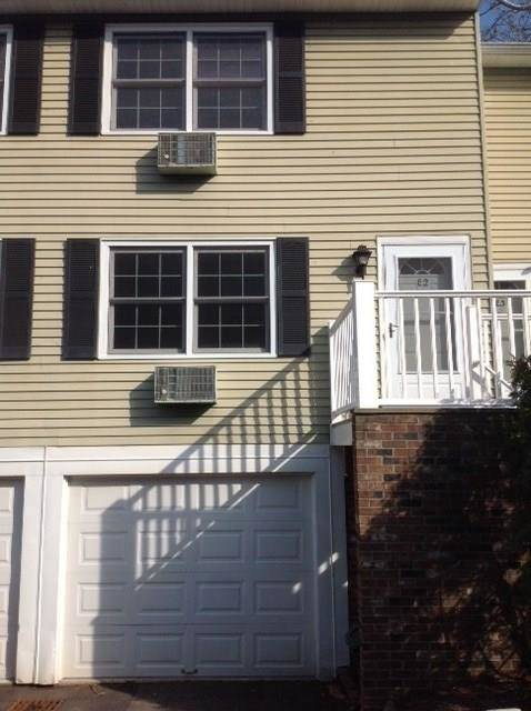 Condo Home Rented in Norwalk CT 06850.  townhouse near beach side waterfront with swimming pool and 1 car garage.