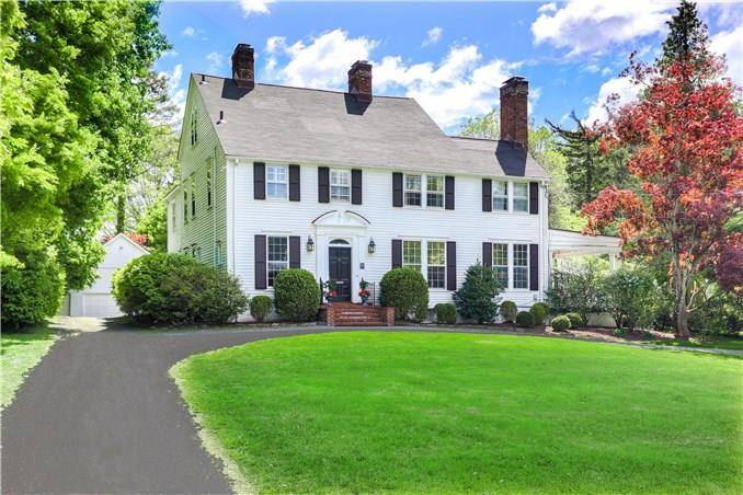 Luxury Single Family Home Sold in Greenwich CT 06830. Old colonial house near waterfront with 3 car garage.