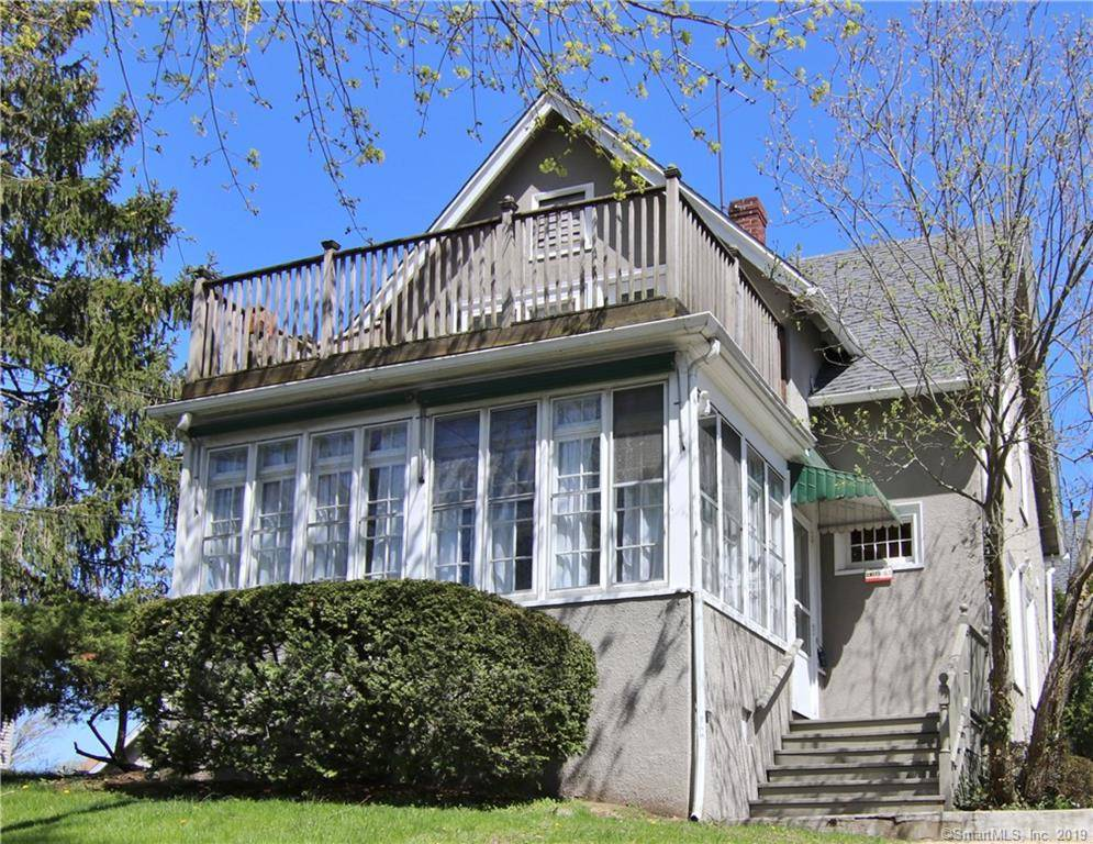Condo Home Rented in Greenwich CT 06830. Old  house near beach side waterfront.