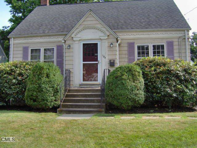 Single Family Home Sold in Bridgeport CT 06605.  cape cod house near waterfront with 1 car garage.