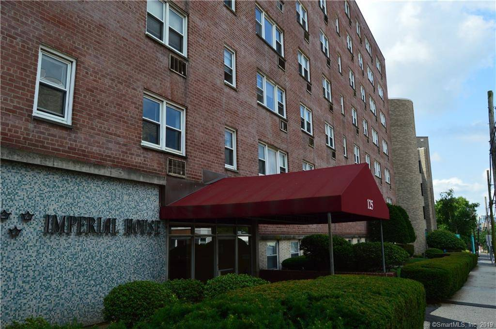 Condo Home Sold in Stamford CT 06901.  house near waterfront.