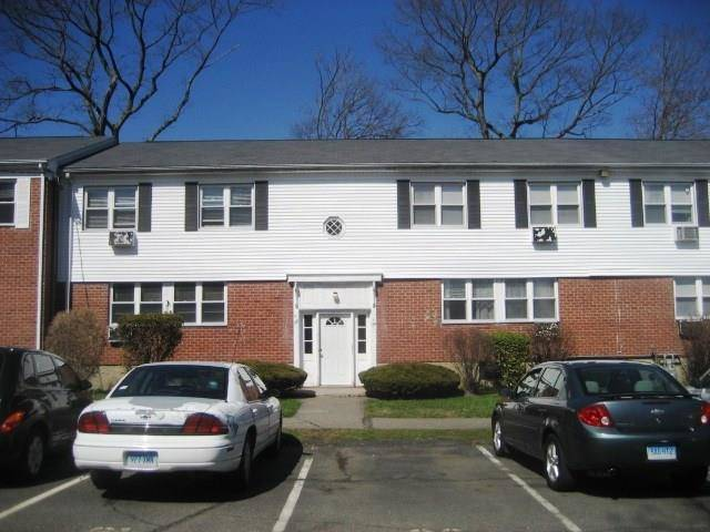 Condo Home Rented in Bridgeport CT 06606. Ranch house near waterfront.