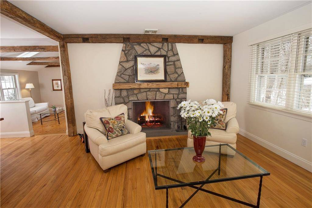 Single Family Home Sold in Redding CT 06896. Ranch house near waterfront with 2 car garage.