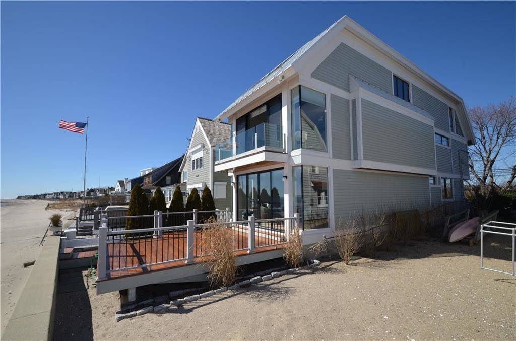 Single Family Home Sold in Fairfield CT 06824. Contemporary, colonial house near beach side waterfront.