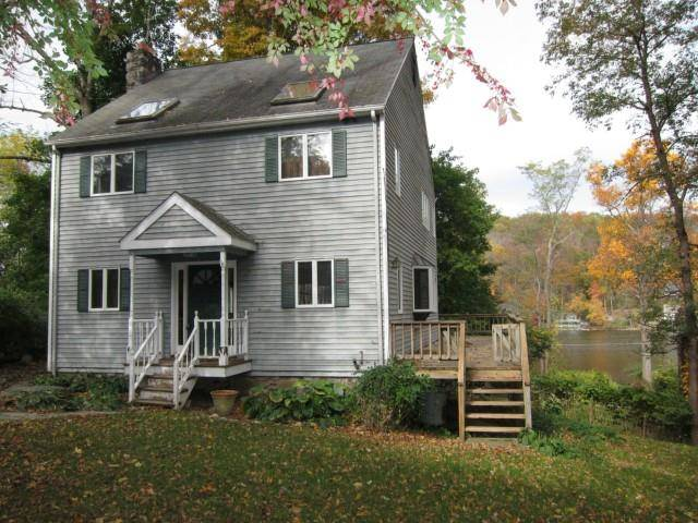 Single Family Home Rented in Ridgefield CT 06877. Old colonial house near lake side waterfront.