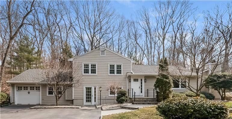 Single Family Home Sold in Norwalk CT 06851.  house near waterfront with 1 car garage.