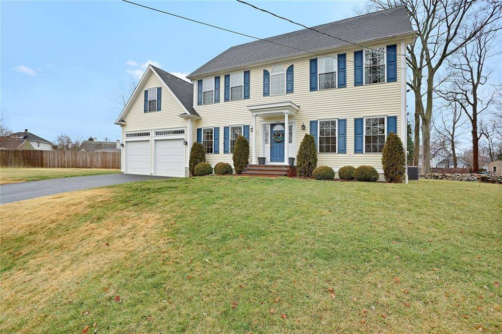 Single Family Home Sold in Stratford CT 06614. Colonial house near beach side waterfront with 2 car garage.