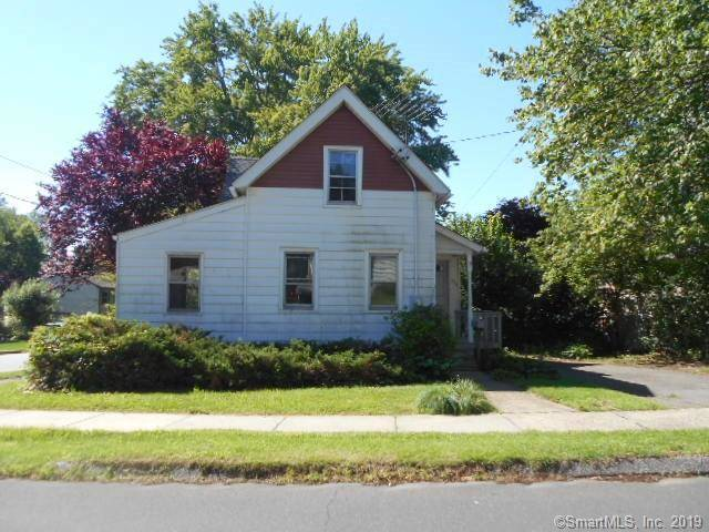 Foreclosure: Single Family Home Sold in Stratford CT 06614. Old  bungalow, cottage house near waterfront.