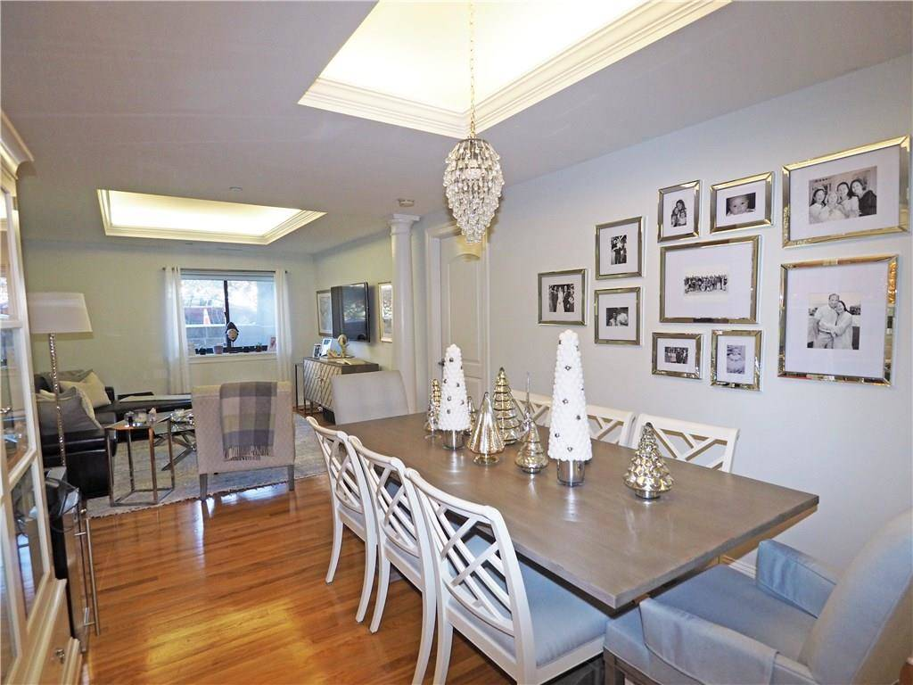 Condo Home Rented in Stamford CT 06905.  house near waterfront with swimming pool and 2 car garage.