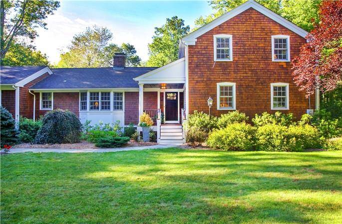 Single Family Home Sold in Wilton CT 06897. Contemporary, colonial house near waterfront with 3 car garage.