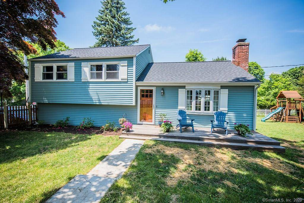 Single Family Home For Sale in Fairfield CT 06824.  house near beach side waterfront with 1 car garage.