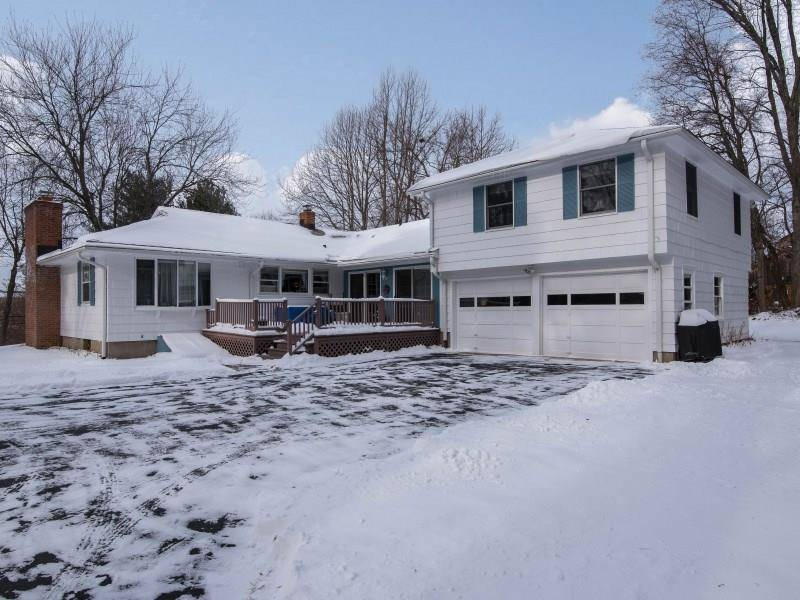 Single Family Home Sold in Stratford CT 06614. Ranch house near waterfront with 1 car garage.