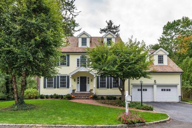 Single Family Home Rented in Greenwich CT 06831. Colonial house near waterfront with 2 car garage.