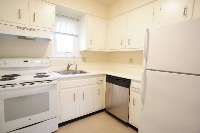 Condo Home Rented in Norwalk CT 06854. Ranch house near beach side waterfront.